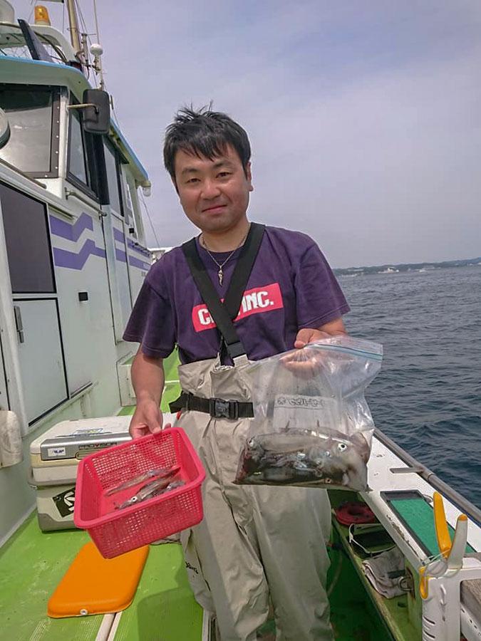 スタッフ小澤釣行記~佐島・マルイカムギイカ34杯~