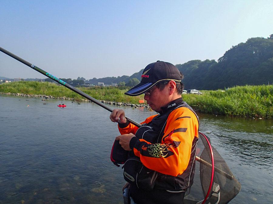 明日の爆朝は、相模川での鮎釣りをご紹介♪