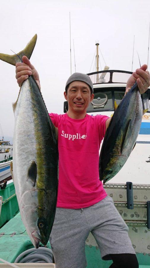 スタッフ石井釣行記〜ワラサ4.4kg/1匹・キメジ1匹〜