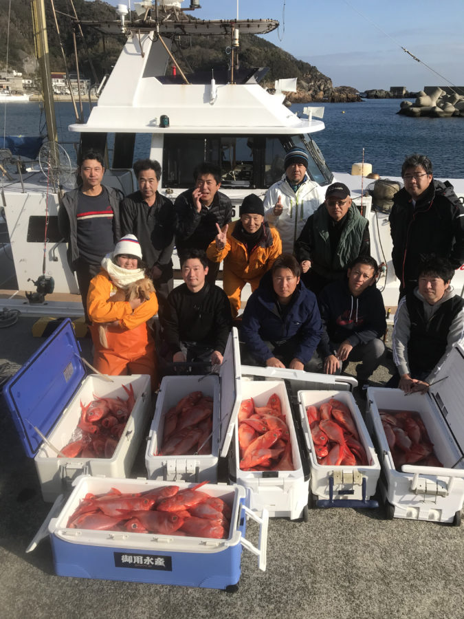 お客様&スタッフ川嶋~伊豆沖・キンメ30-50cm/大漁!!~