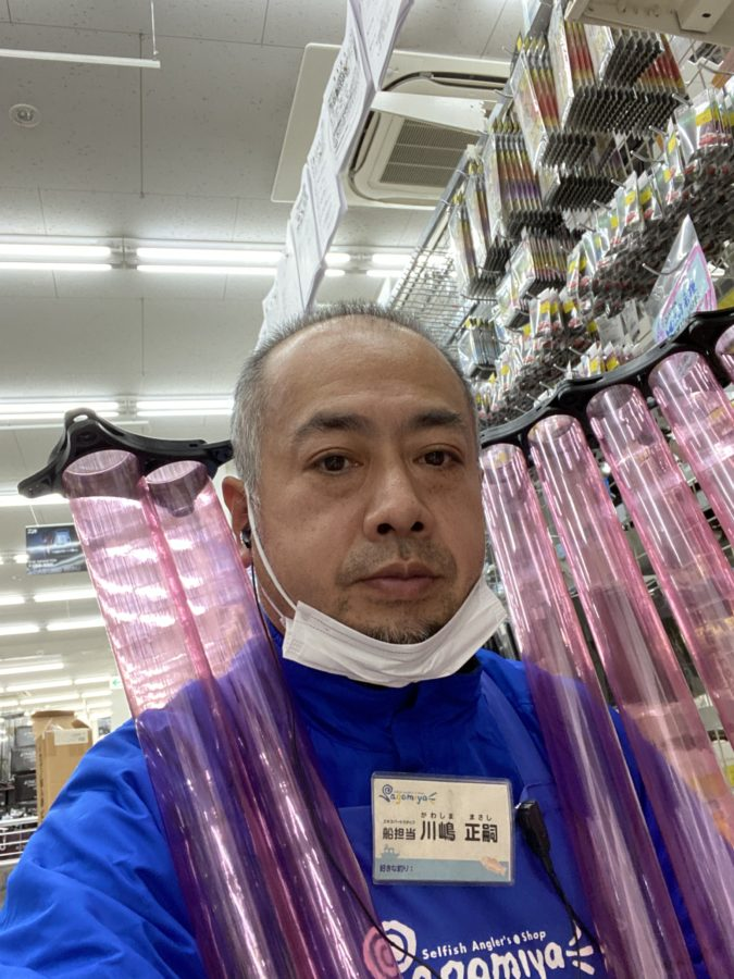 在庫限り特価の半額!ダイワ『イカヅノ投入器6本ピンク/増設2本ピンク』
