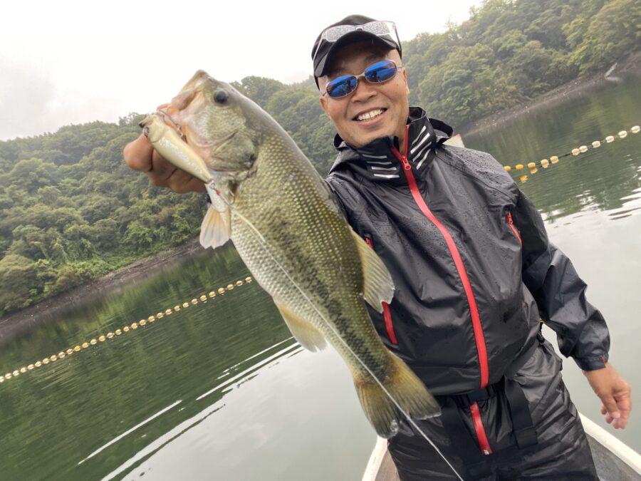 山田様~津久井湖・バス30-35cm/4本~