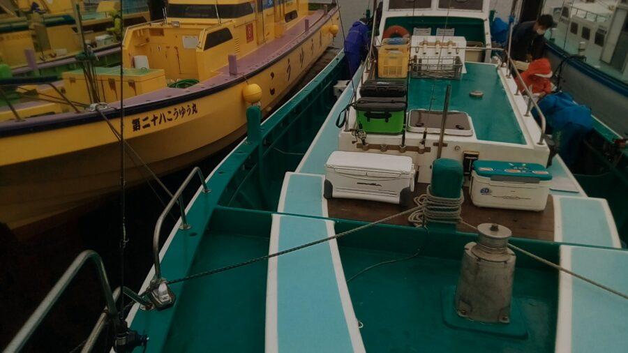 スタッフ石井釣行記〜東京湾・タチウオ3本(メーターオーバー1本)〜