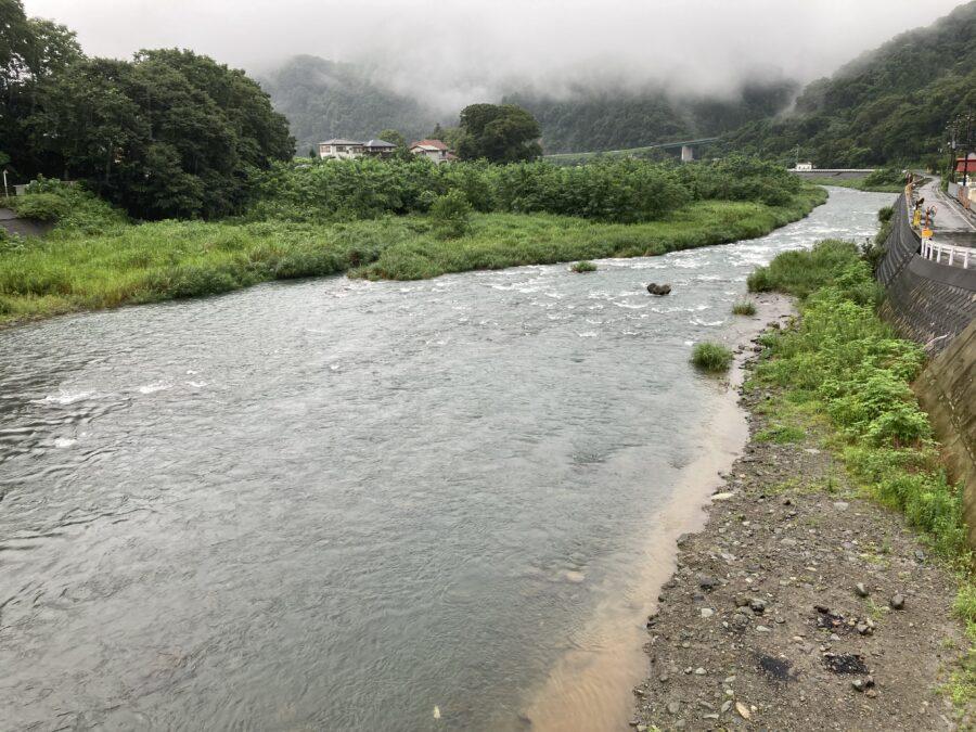 2020年7月26日 8:00頃の中津川の様子 ※相模川ダム放水中