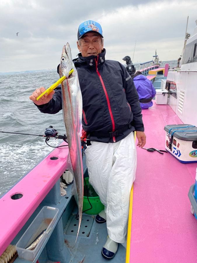 スタッフ川嶋・お客様釣行記~猿島沖・タチウオF5サイズ3-10尾~